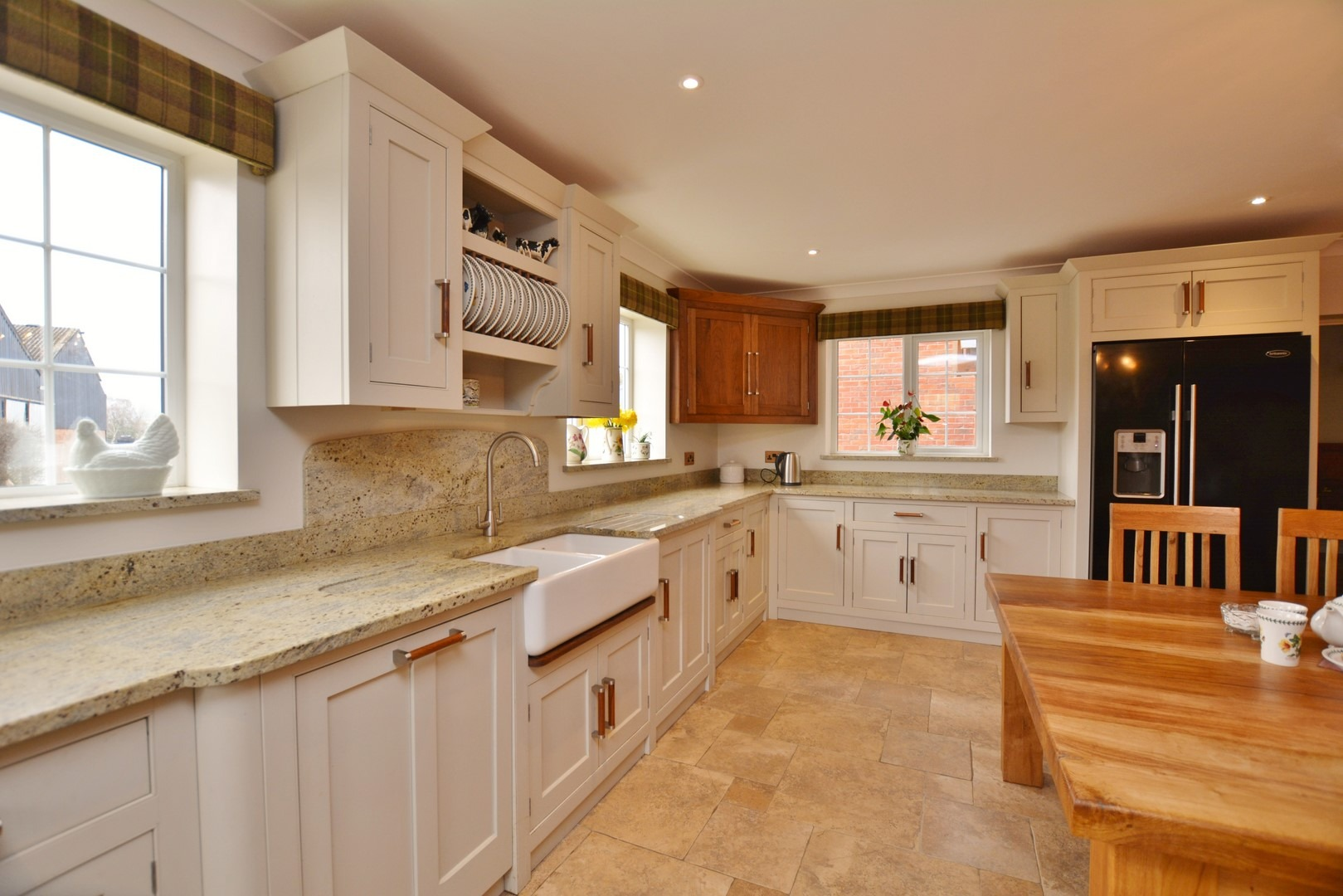 Kashmir Gold Granite Kitchen Projects Celfiderw Oakencraft