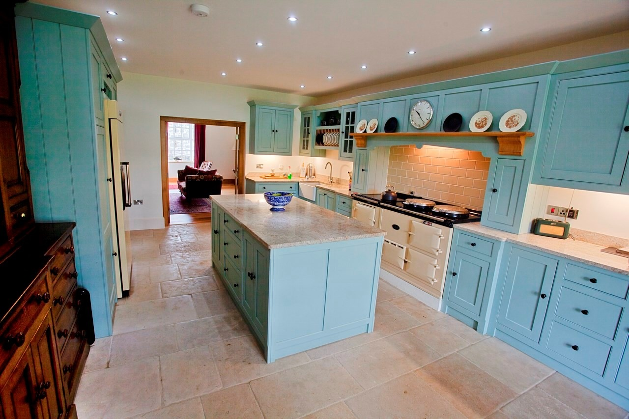 Celfiderw Oakencraft | Bespoke Kitchens and Bespoke Furniture from ...